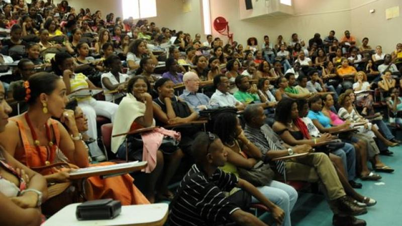 etudiants-universite-antilles_1.jpg